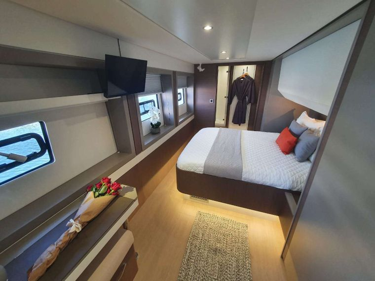 Synergy Yacht Charter - Master Cabin