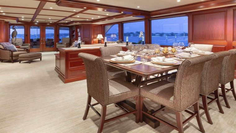 IMPETUOUS Yacht Charter - Formal Dining