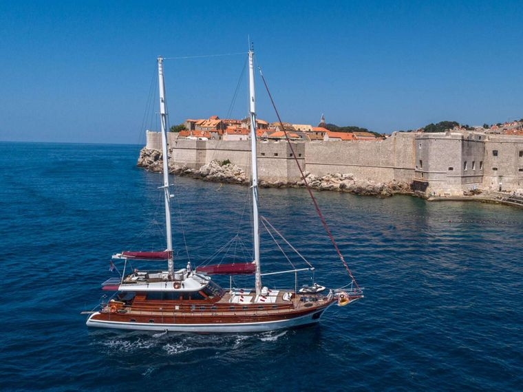 Gulet Adriatic Holiday Yacht Charter - Ritzy Charters