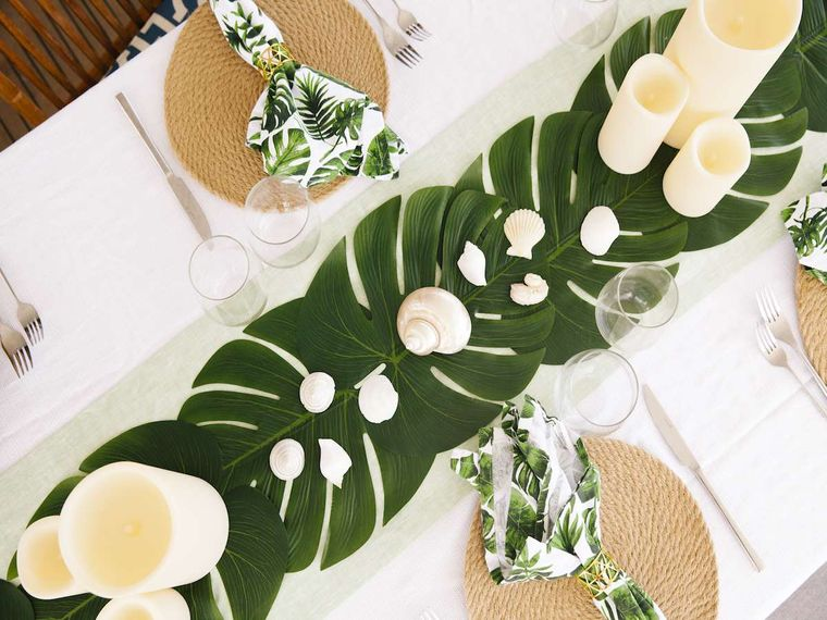TRUE STORY Yacht Charter - Beautiful Tablescapes