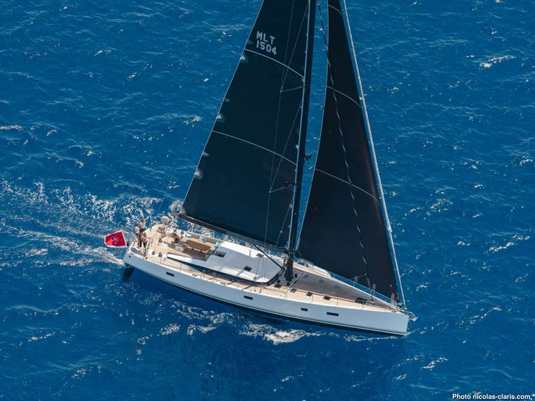 CNB76 2021 Yacht Charter - Ritzy Charters