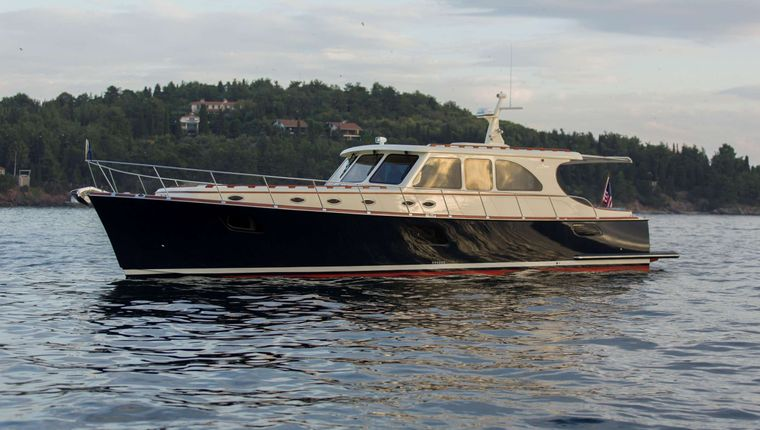 CLERMONT Yacht Charter - Ritzy Charters