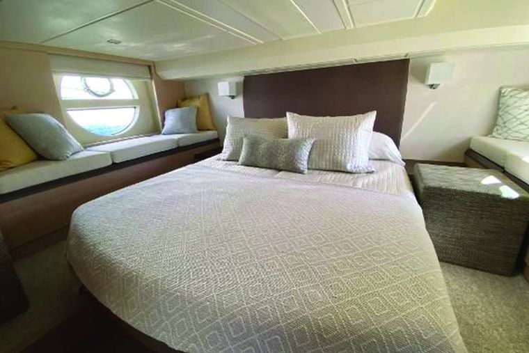 Blue Yacht Charter - Master Stateroom