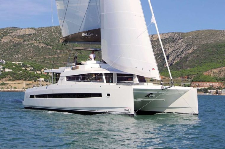 Crystal Dreams Yacht Charter - Front view