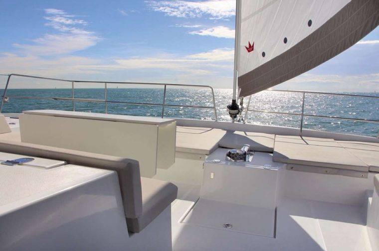 Crystal Dreams Yacht Charter - Lounge area