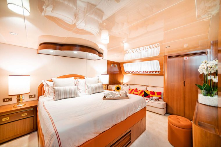 WIND OF FORTUNE Yacht Charter - Double Suite