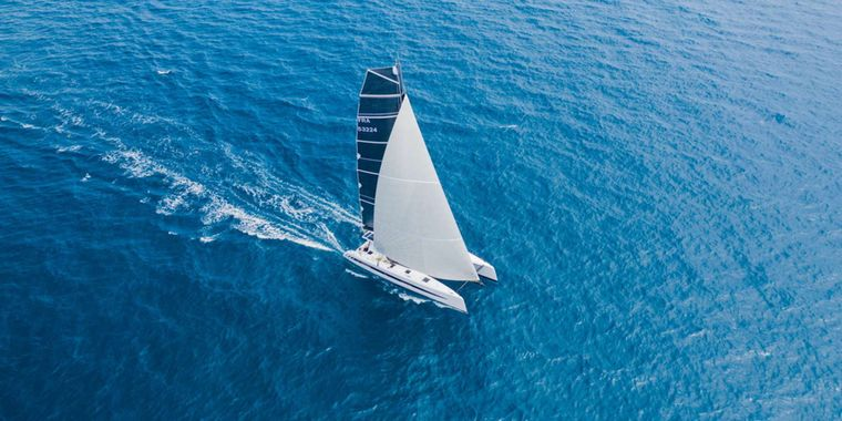 GIVE ME FIVE Yacht Charter - Ritzy Charters