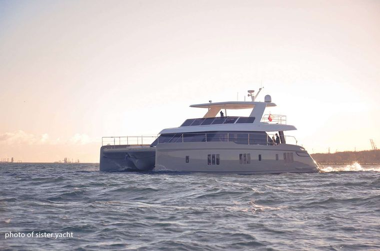 OTOCTONE 60 Yacht Charter - Ritzy Charters