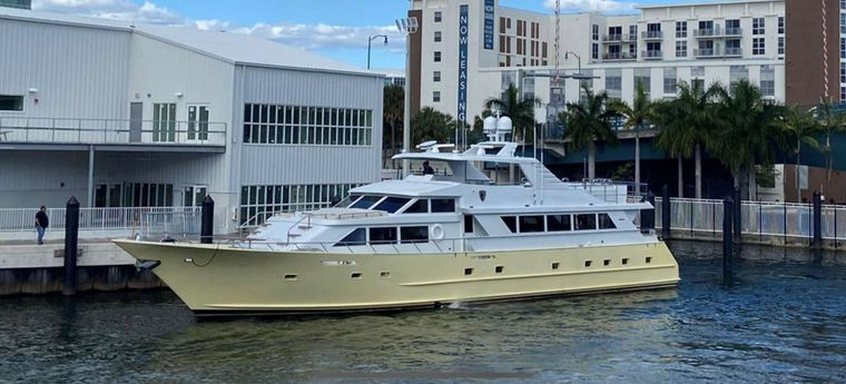 A Place in the Sun Yacht Charter - Ritzy Charters