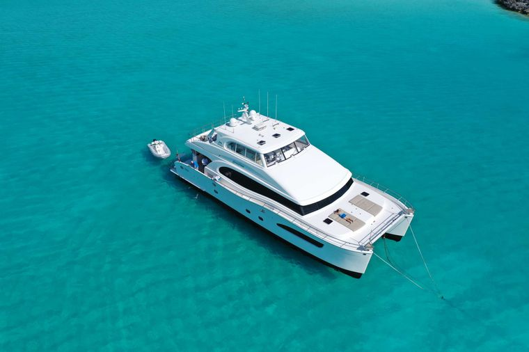 SEAGLASS 74 Yacht Charter - Ritzy Charters