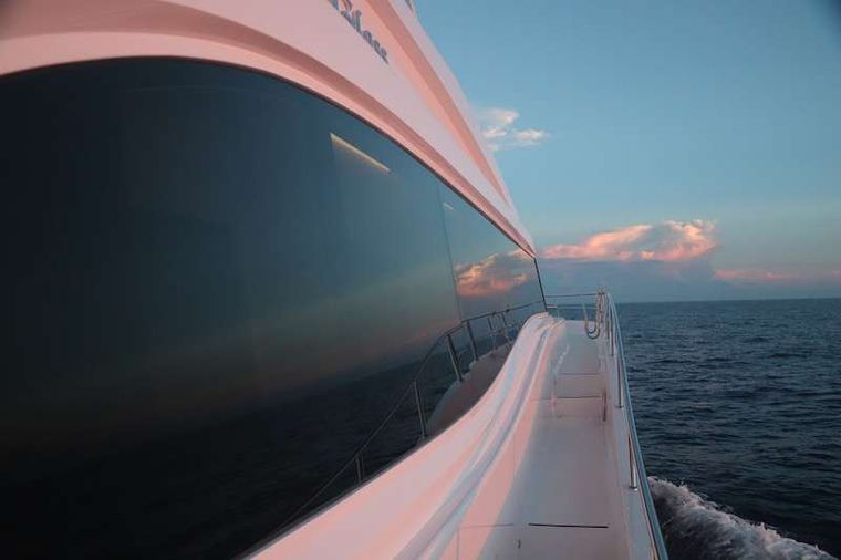 SEAGLASS 74 Yacht Charter - Huge interior accommodations