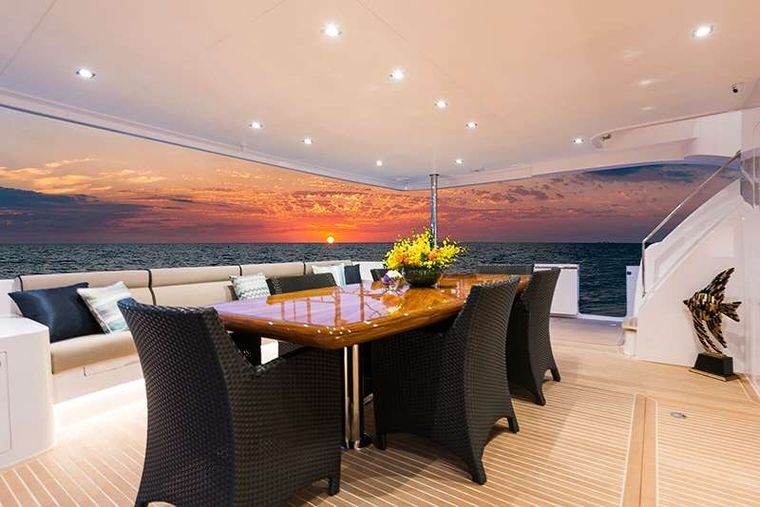 SEAGLASS 74 Yacht Charter - Alfresco dining on the aft deck