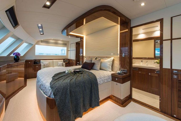 SEAGLASS 74 Yacht Charter - On Deck Master Stateroom