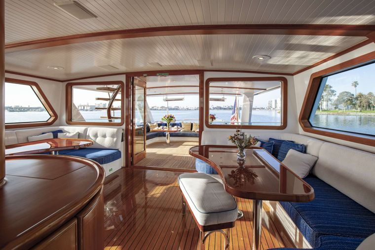 S/Y Kaori Yacht Charter - Wheelhouse seating is second dining area and can seat up to 14 comfortably