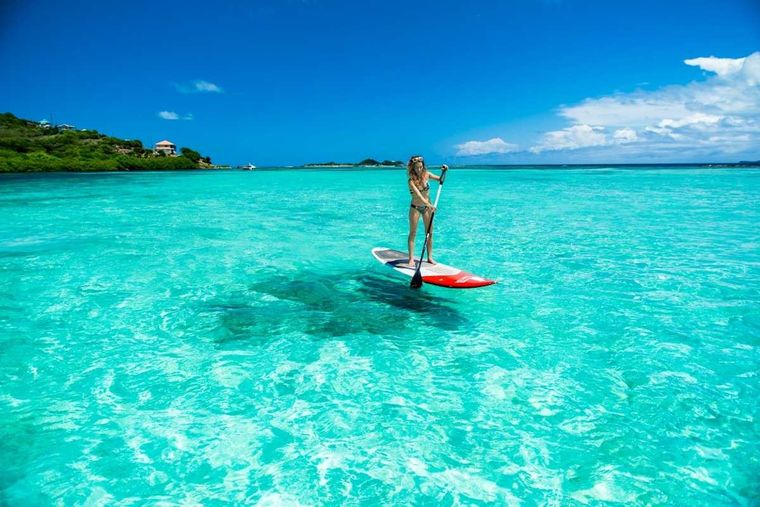BELIEVEN Yacht Charter - Paddleboarding