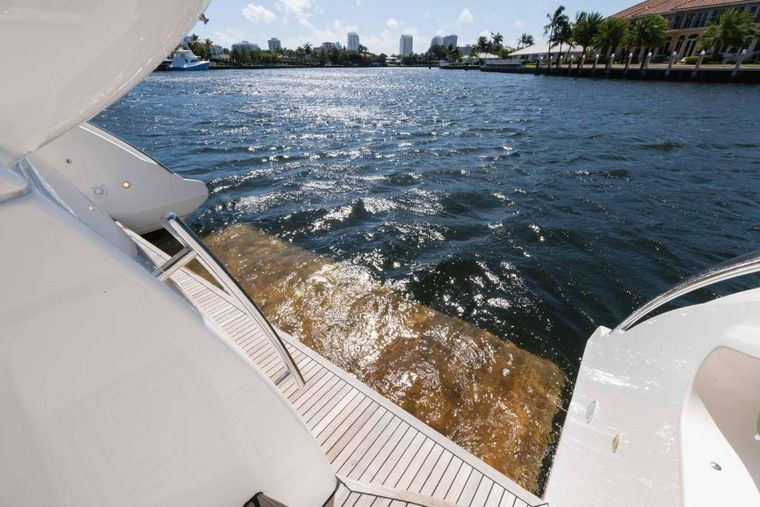 LUPO Yacht Charter - Aft Deck