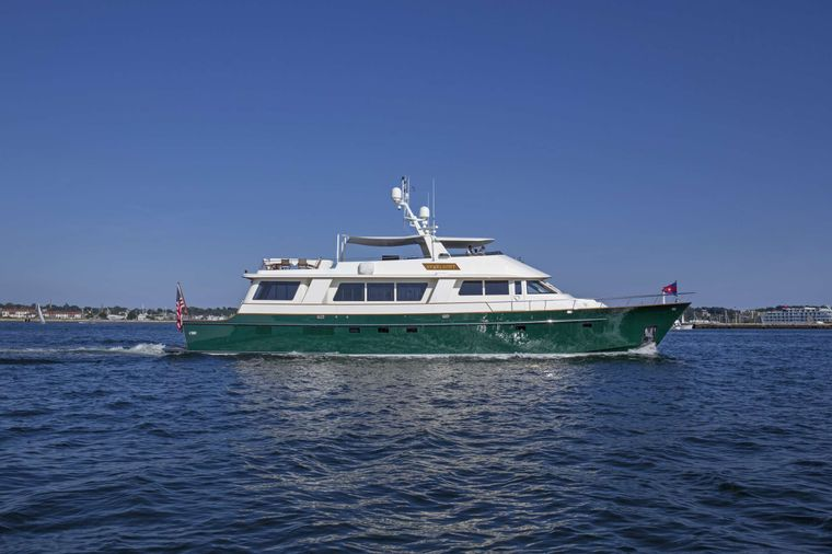 STARLIGHT Yacht Charter - Ritzy Charters