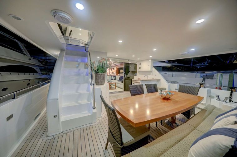 UNCORCKED Yacht Charter - Aft Deck