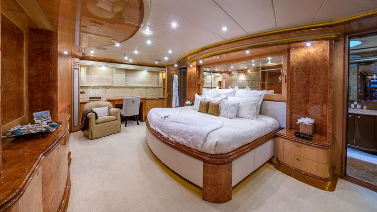 LADY LEILA Yacht Charter - On deck master