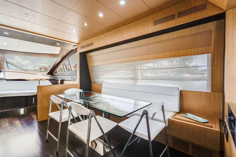 M3 Yacht Charter - Dining Area