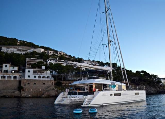 WHISPERS II Yacht Charter - Ritzy Charters