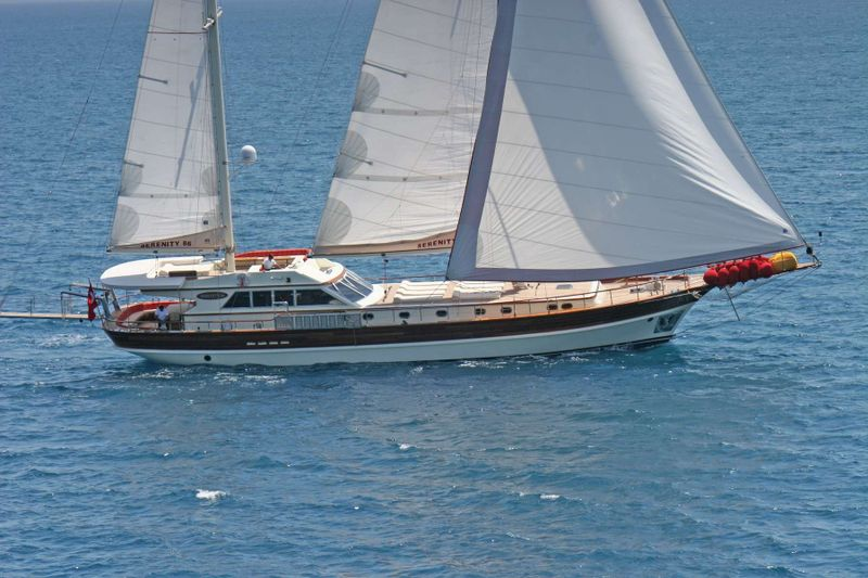 SERENITY 86 Yacht Charter - Ritzy Charters