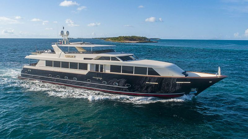 LEGACY Yacht Charter - Ritzy Charters