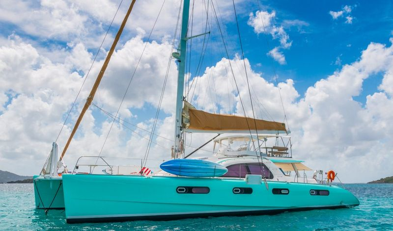 GOOD VIBRATIONS L62 Yacht Charter - Ritzy Charters