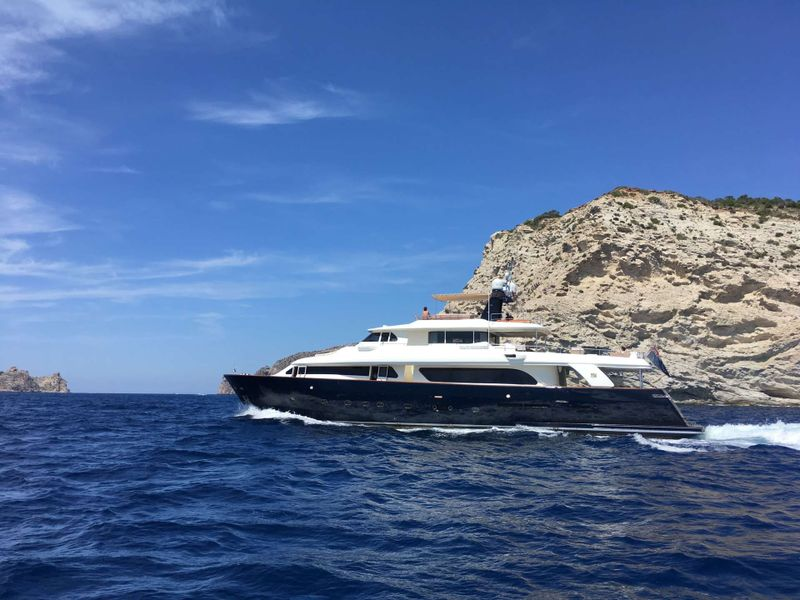 CONQUISTADOR Yacht Charter - Ritzy Charters