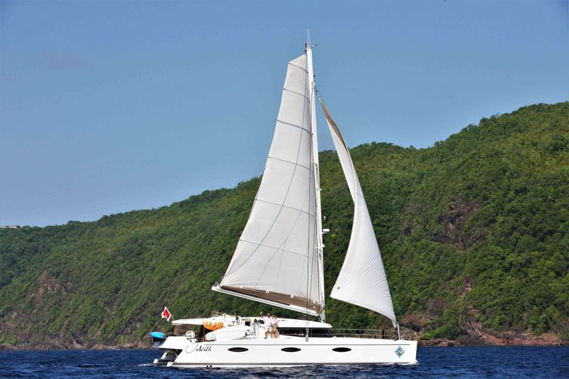 AOIBH Yacht Charter - Ritzy Charters