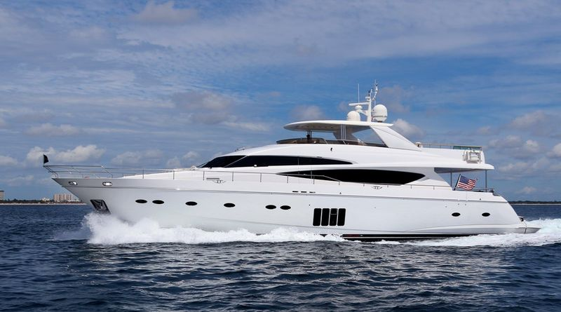 CRISTOBAL Yacht Charter - Ritzy Charters
