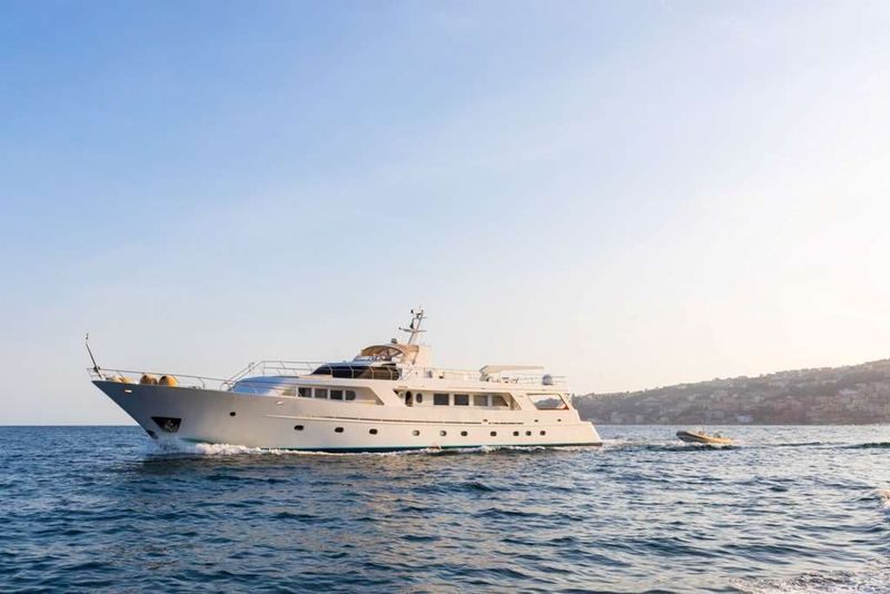 INDIA Yacht Charter - Ritzy Charters