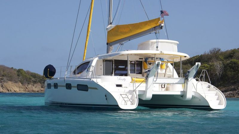 FIREFLY 46 Yacht Charter - Ritzy Charters