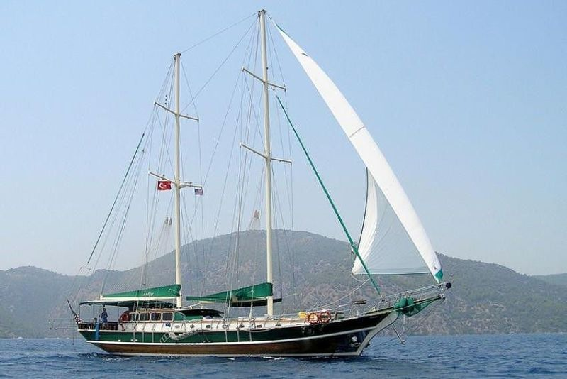 MICHELE Yacht Charter - Ritzy Charters