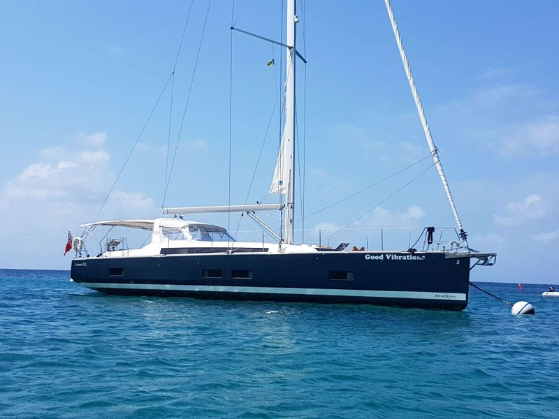 Good Vibrations Yacht Charter - Ritzy Charters