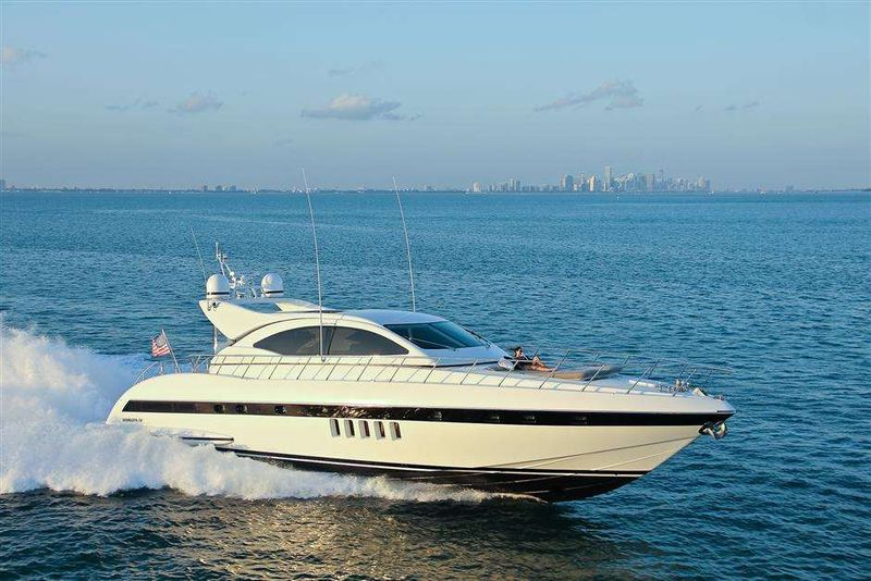 YCM Yacht Charter - Ritzy Charters