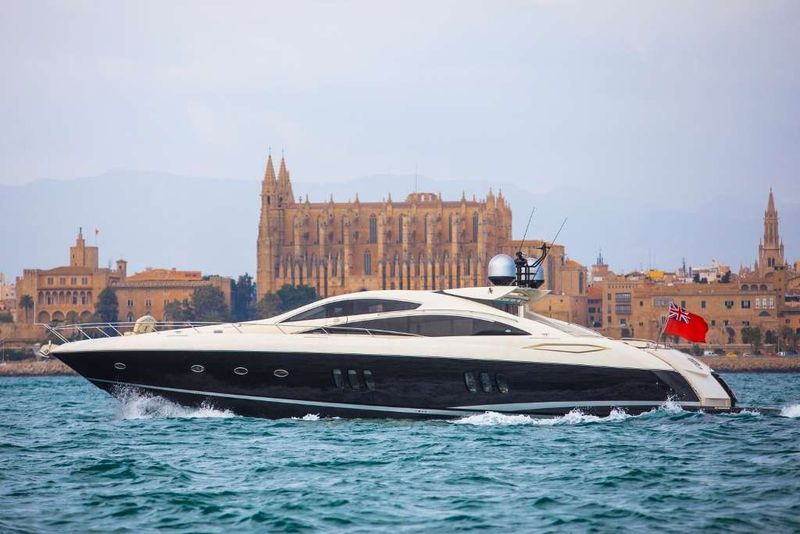Exceso Yacht Charter - Ritzy Charters