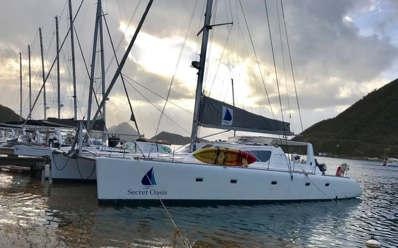 VOYAGE 580 Yacht Charter - Ritzy Charters