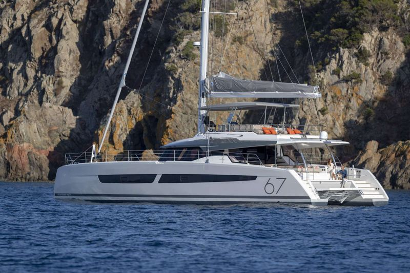Number One Yacht Charter - Ritzy Charters