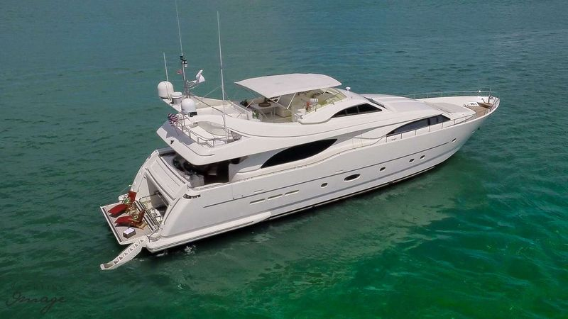 PARADISE Yacht Charter - Ritzy Charters