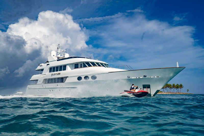 RELENTLESS Yacht Charter - Ritzy Charters