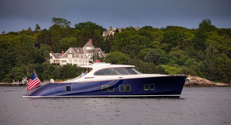 DYLAN LUCY Yacht Charter - Ritzy Charters