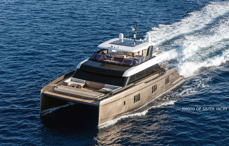 OTOCTONE 80 Yacht Charter - Ritzy Charters