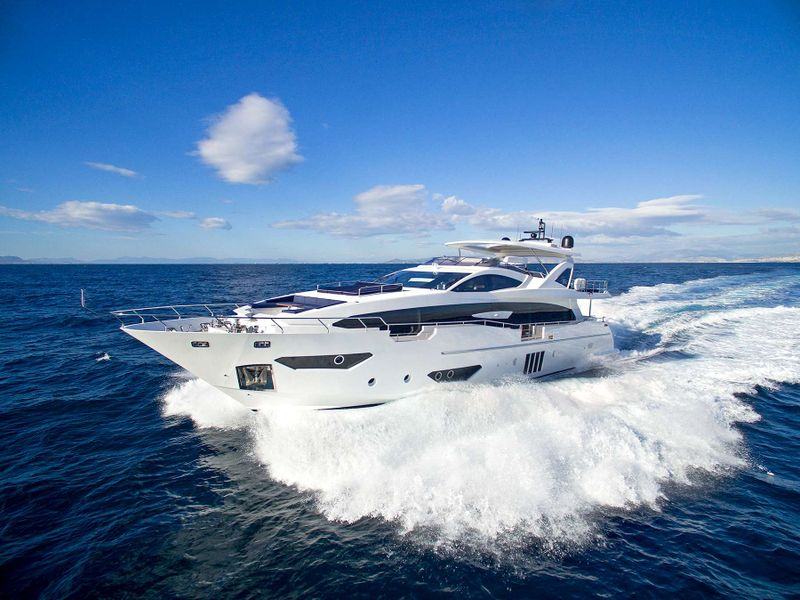 MEMORIES TOO Yacht Charter - Ritzy Charters