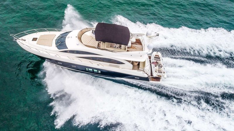 TWINS Yacht Charter - Ritzy Charters