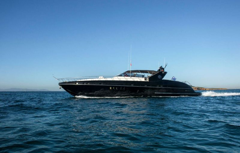 TURN ON Yacht Charter - Ritzy Charters