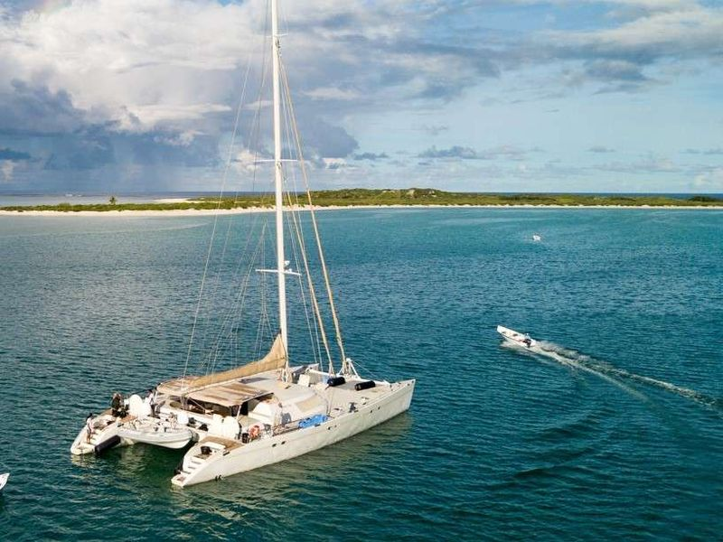 LONESTAR Yacht Charter - Ritzy Charters